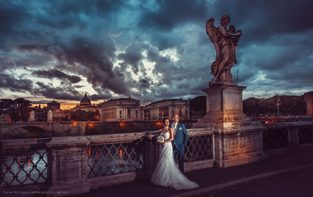 Brautpaar Fotos auf Sant´Angelo Brücke in Rom