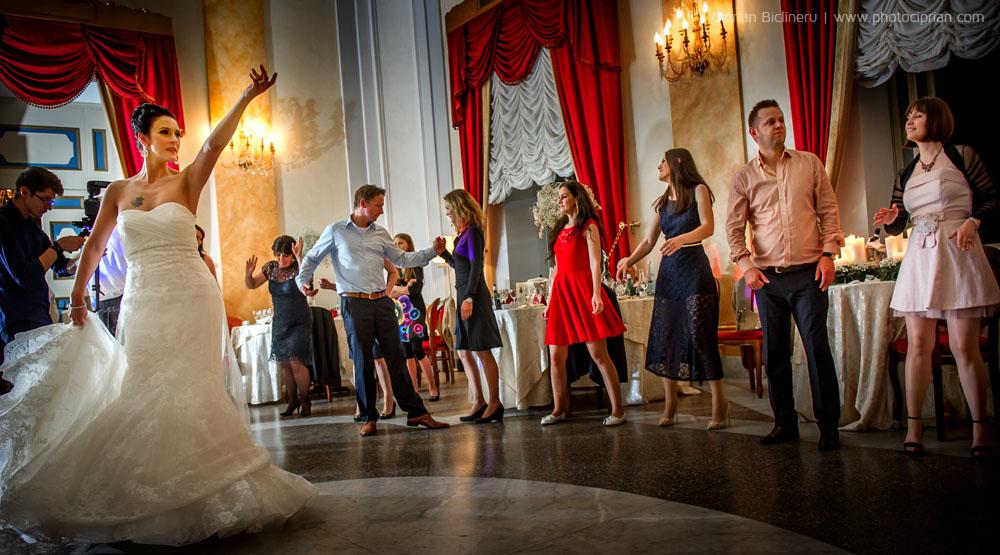 Brautpaar-Hochzeitsdestination-Rome-57