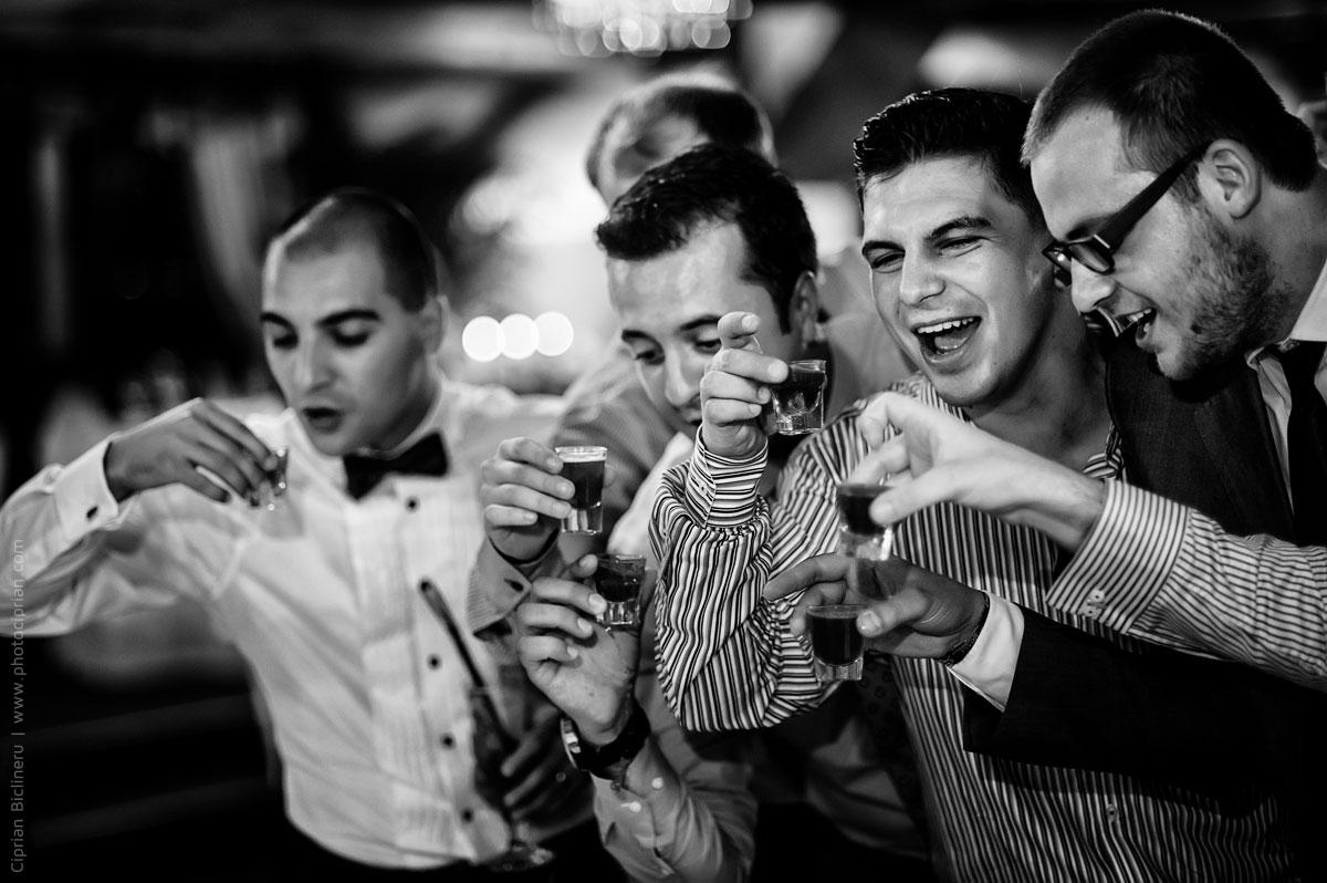 Hochzeitsfotografie-Brautpaar-Feier-11
