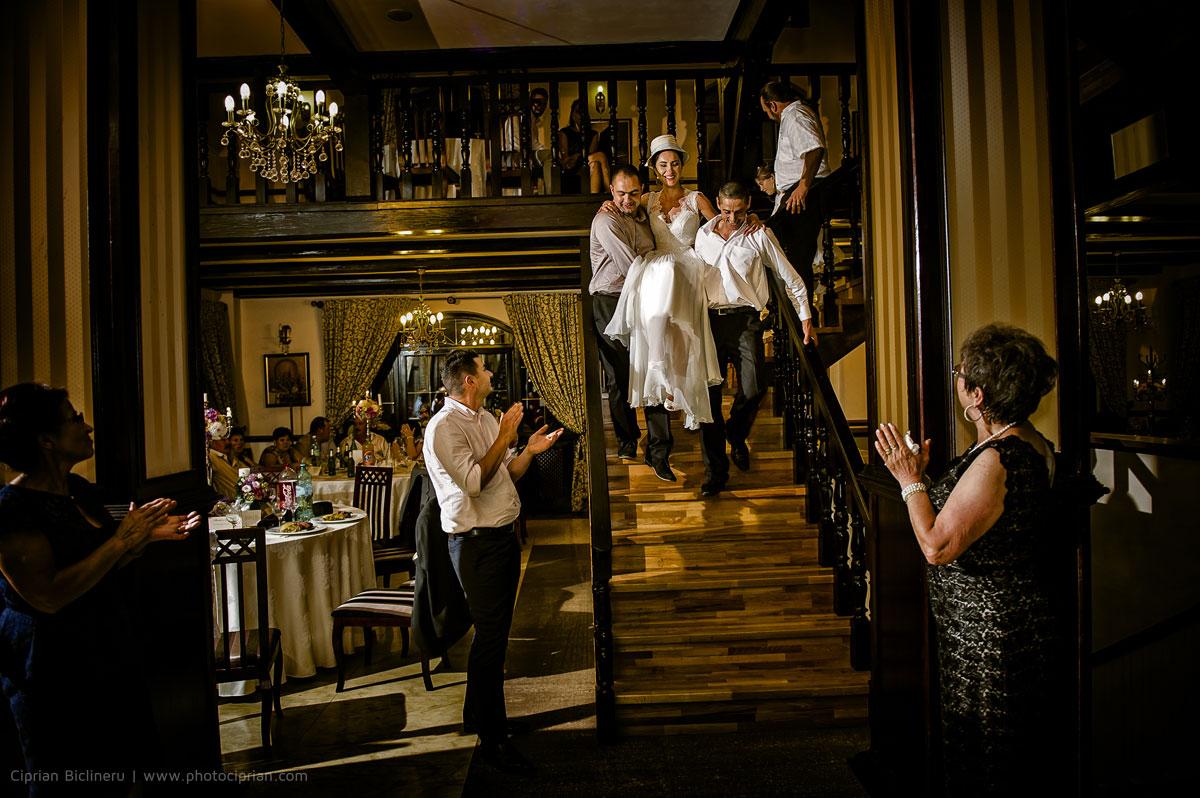 Hochzeitsfotografie-Brautpaar-Feier-14