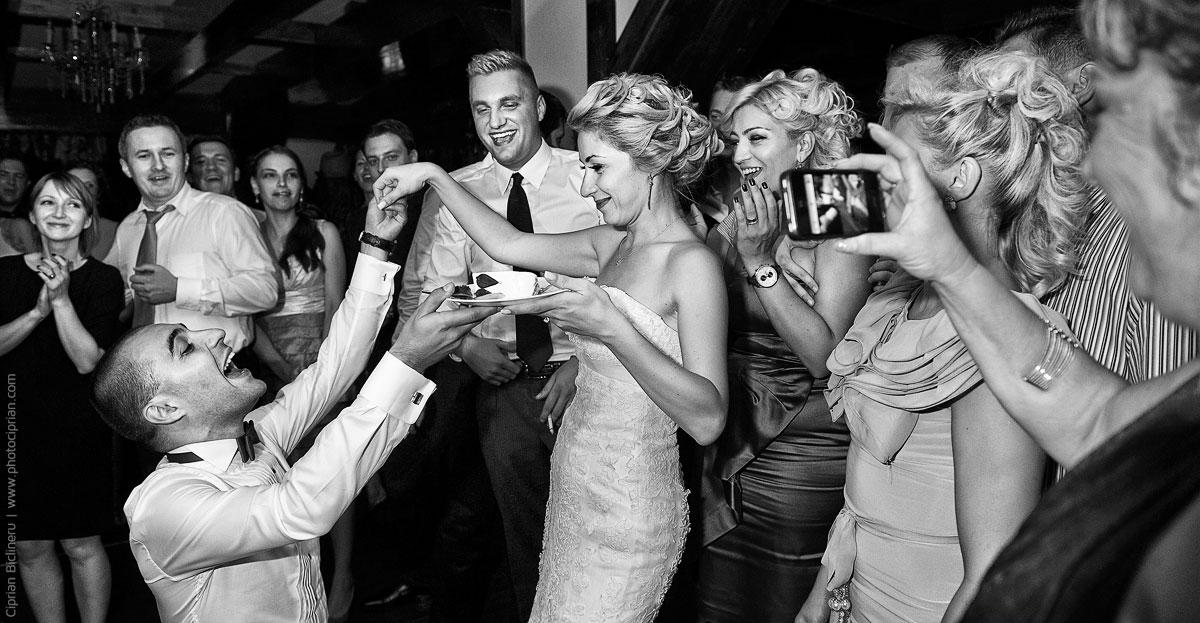 Hochzeitsfotografie-Brautpaar-Feier-26