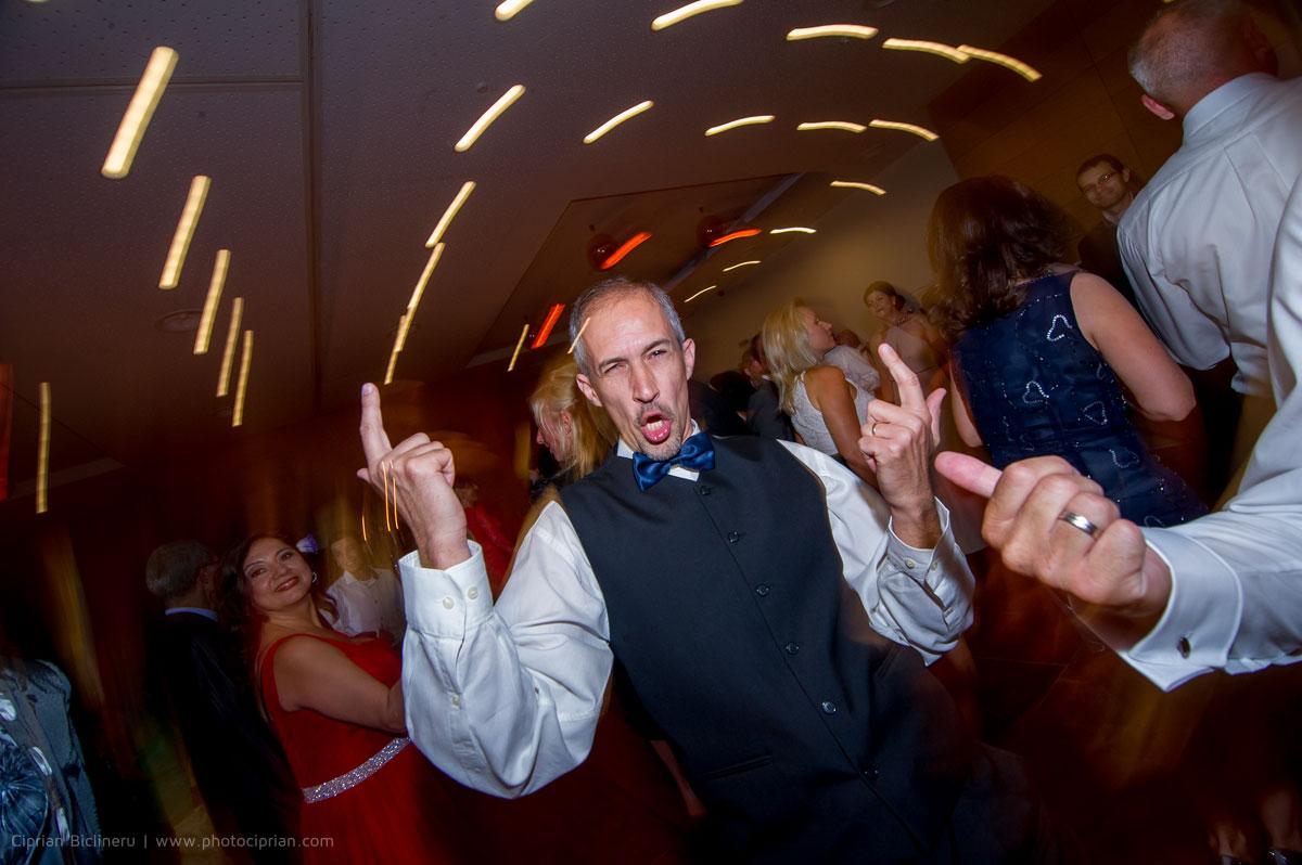 Hochzeitsfotografie-Brautpaar-Feier-35