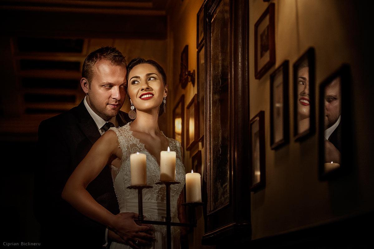 Vintage Hochzeitsfotos in eine altes Pub