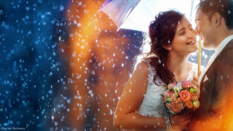 Wunderschöne Hochzeitsfotos im Regen