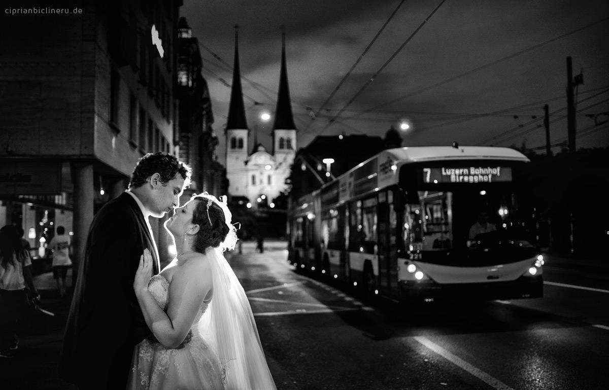 Nacht Brautpaarshooting bei den Strassen von Luzern