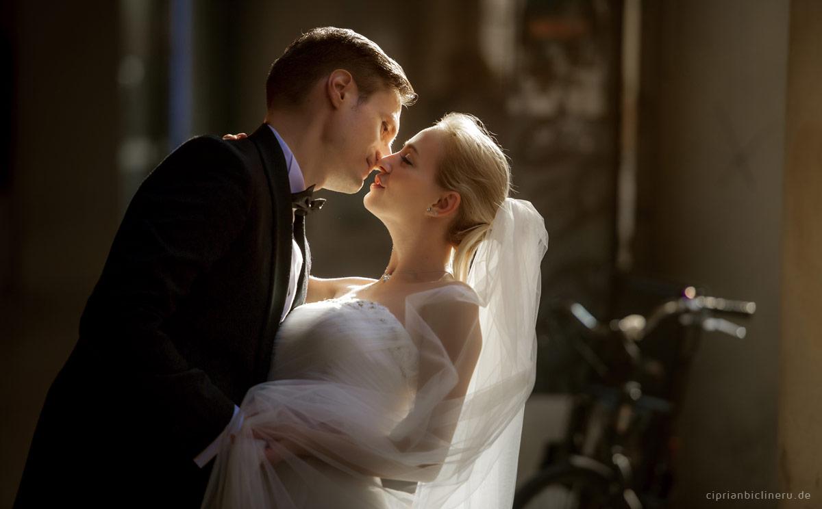 Zauberhafte Licht für Hochzeitsfotograf Frankfurt in Italien