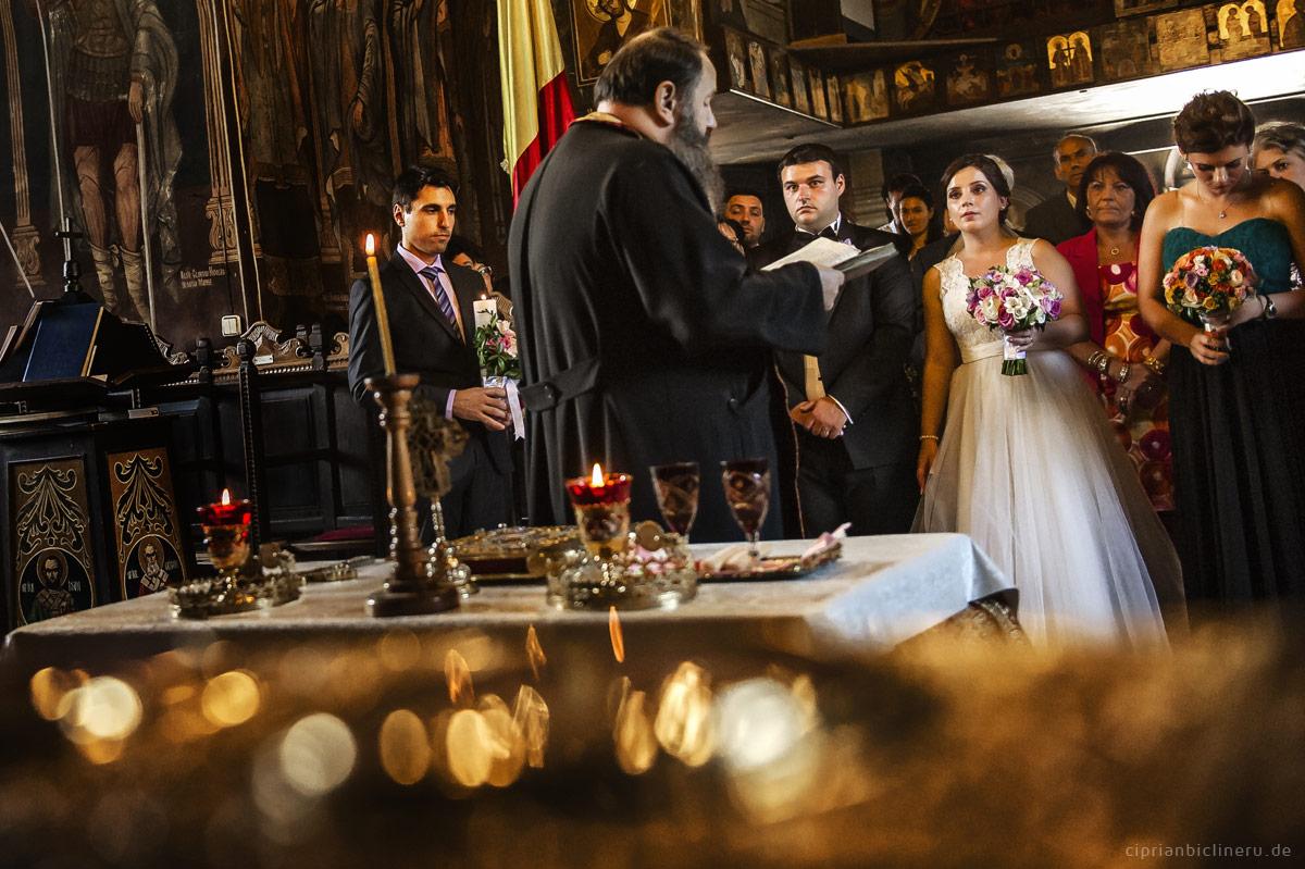 deutsch-russische-Hochzeit in einem Orthodoxe Kirche