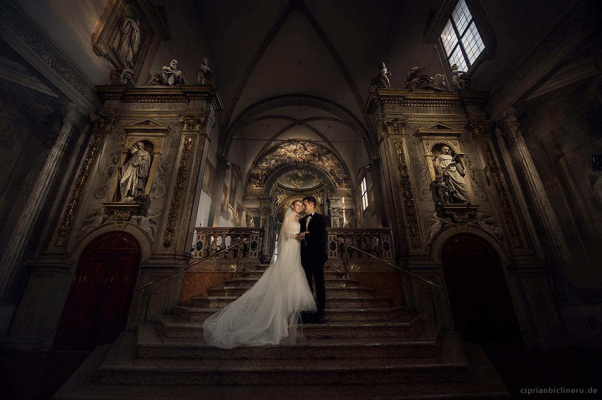Brautpaar Kirchliche Trauung in Italien