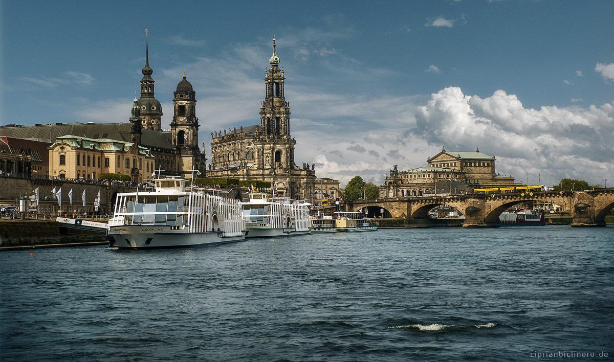 Heiraten auf einem historischen Raddampfer in Dresden