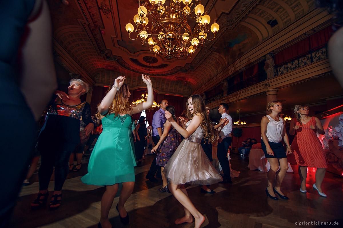 Hochzeitsfotos in Ballhaus Watzke Dresden 03