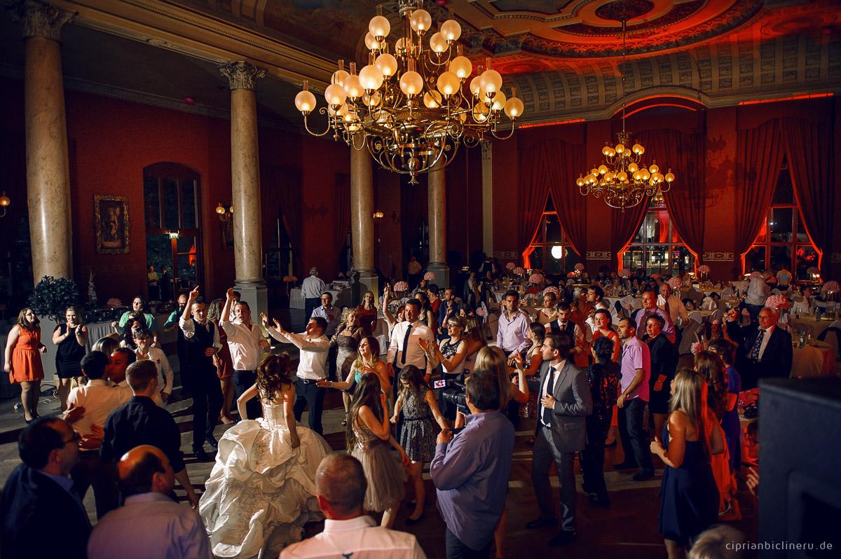 Hochzeitsfotos in Ballhaus Watzke Dresden 09