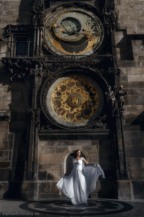 romantic after wedding photo shoot in Prague
