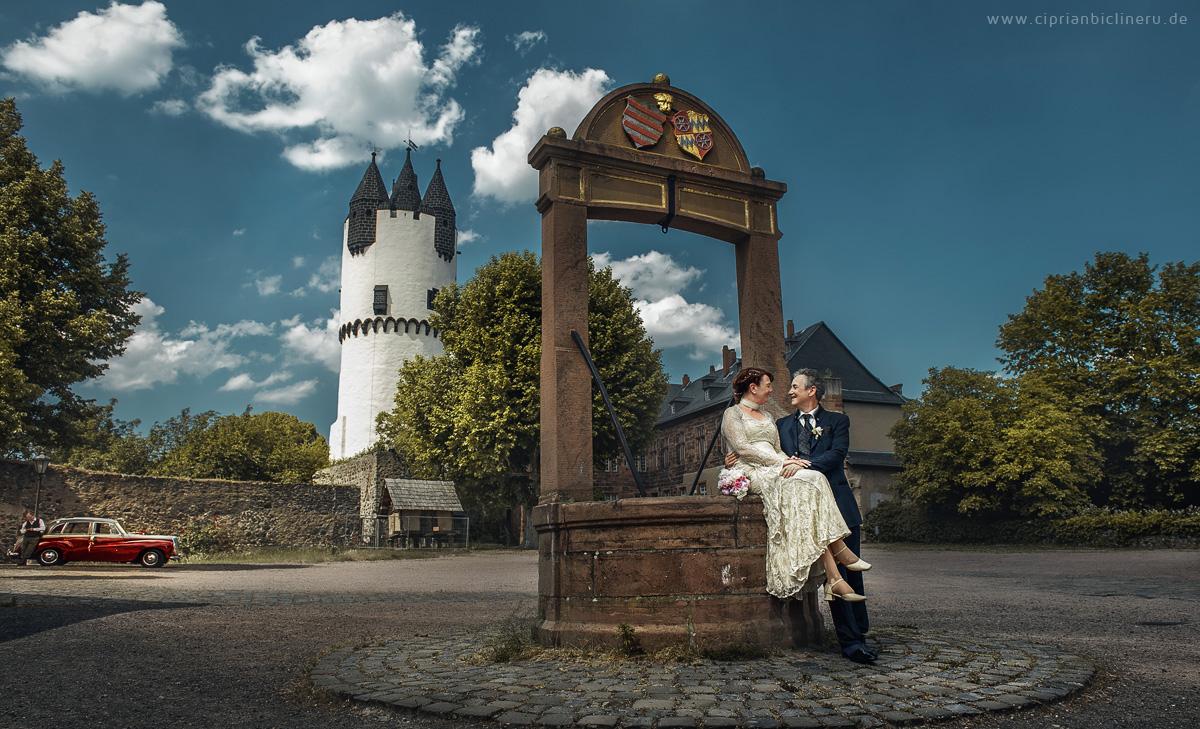 Altes Hochzeitspaar Fotoshooting am Mittag