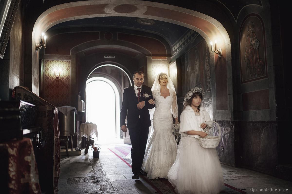 Amerikanische Winter Hochzeit in Europa 11