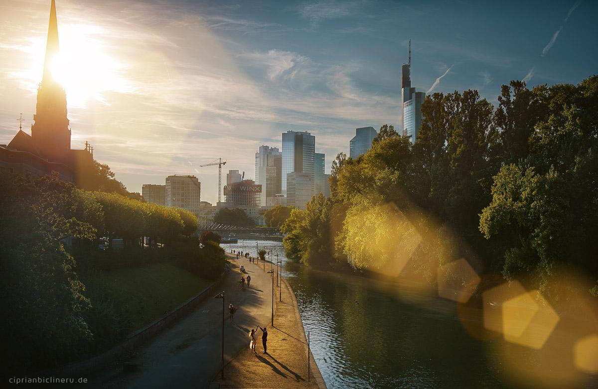 Verlobungs-Shooting in Frankfurt am Main 07