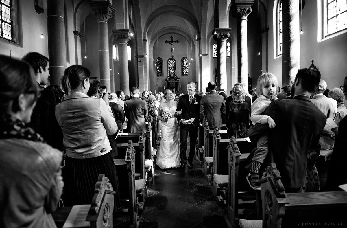Hochzeit in Brühl und Brautpaarshooting auf Schloss Augustusburg und Feier im Kaiserbahnhof 22