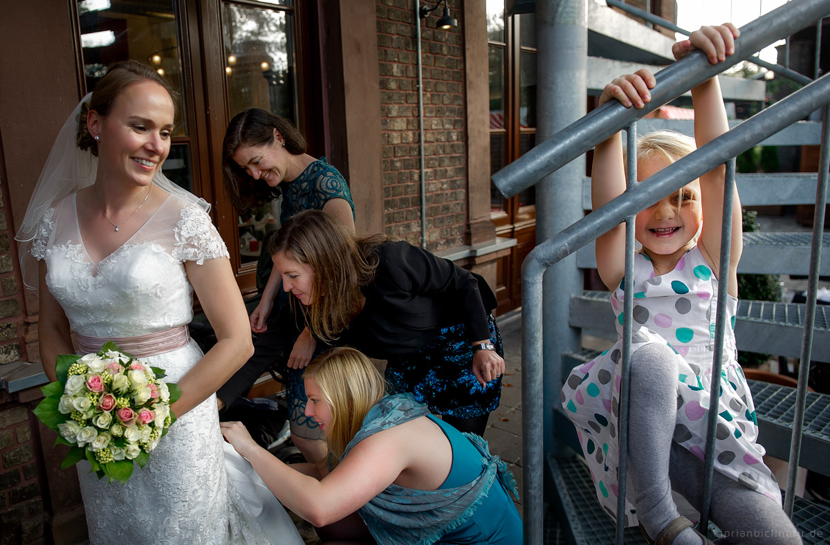 Wedding in Brühl and photo shoot in Schloss Augustusburg 26