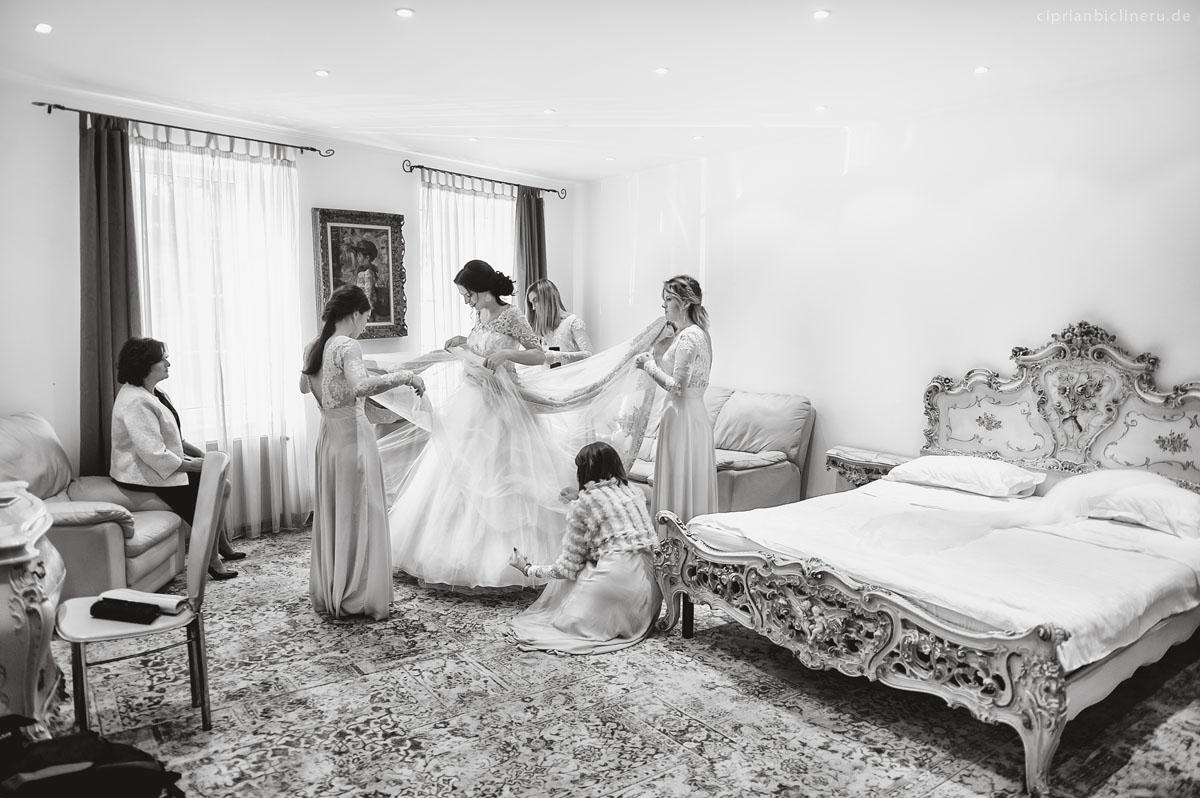 Vorbereitung der Braut und Bräutigam