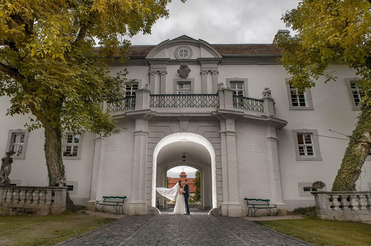 Brautpaarshooting in Schloss Fasanerie Fulda