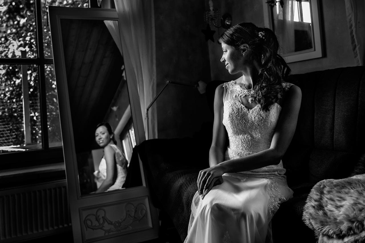 Hochzeitsfotograf in Herborn - Braut getting ready
