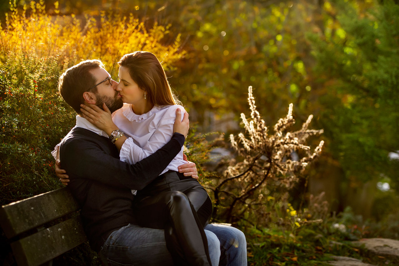 Verlobungsshooting im Palmengarten Frankfurt bei Goldene Stunde