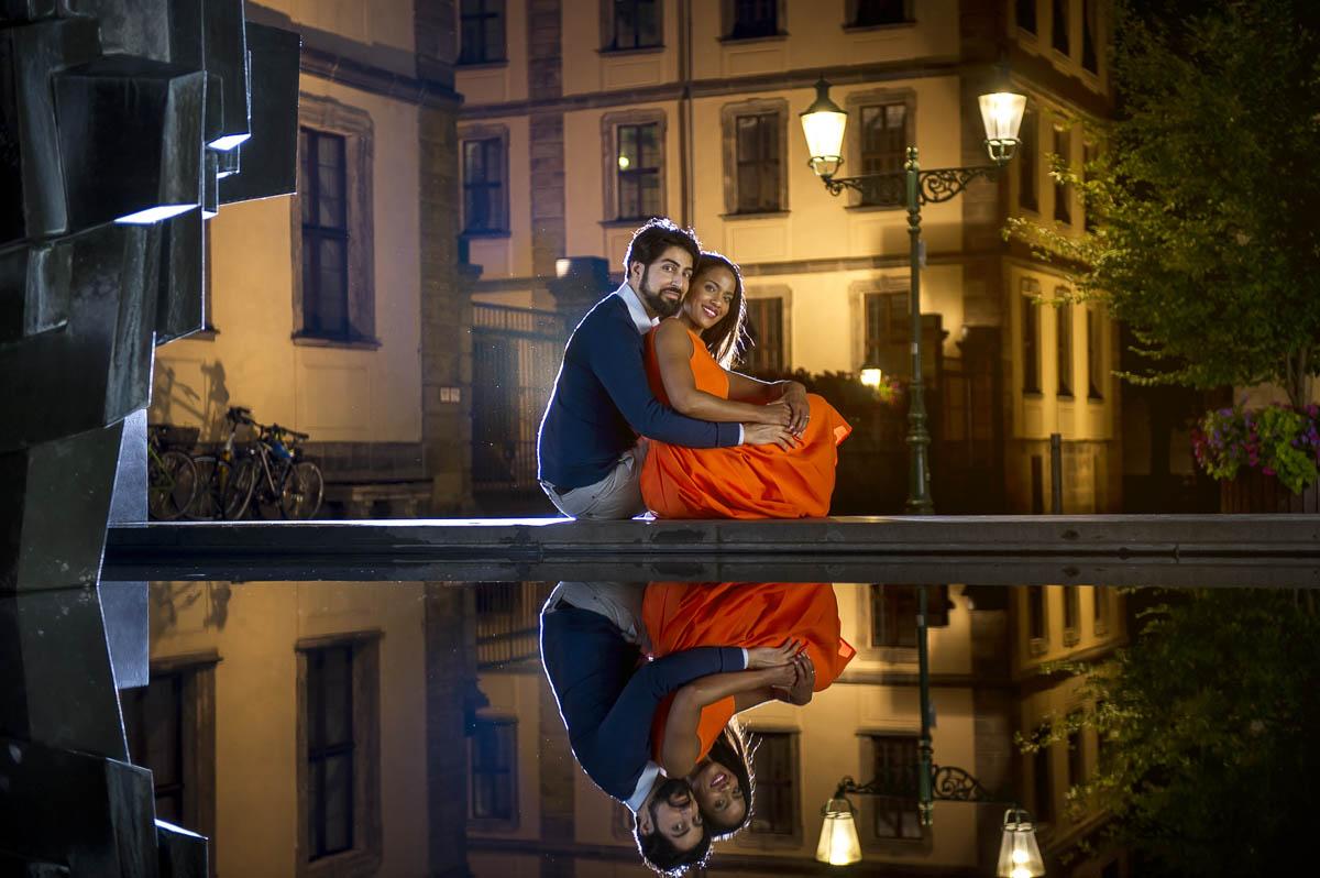 Verlobungsshooting in der Nacht in Universitätplatz Fulda