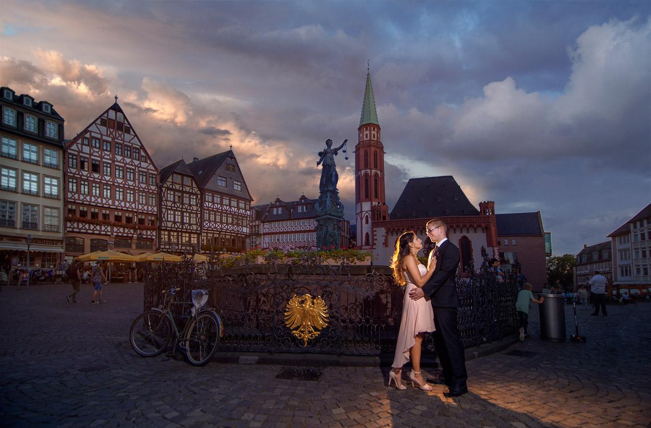 Foto Love Story am Römer Frankfurt
